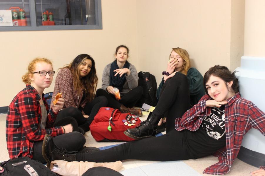 Lindsey Shaw, Sabja Maque, Faith Dewitz, Victoria Davidenko, and Claire Fleming